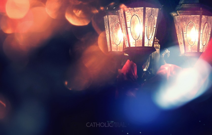 27 Christmas Season Celebration Photographs - HD Christmas Wallpapers - Lantern Light