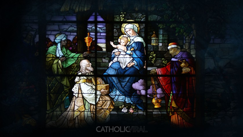 17 Stunning Stained-Glass Windows of the Nativity - HD Christmas Wallpapers - The Adoration of the 3 Kings