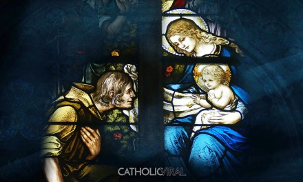 17 Stunning Stained-Glass Windows of the Nativity – HD Christmas Wallpapers