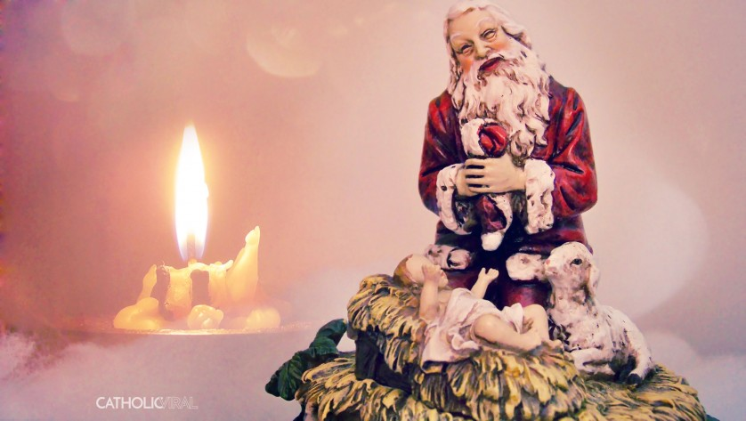 27 Christmas Season Celebration Photographs - HD Christmas Wallpapers - Santa Kneeling before the Christ Child